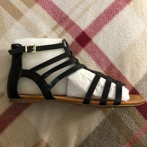 Soda Shoes - Black sandals